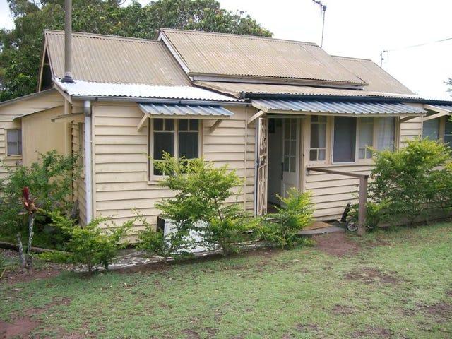 290 Torquay Terrace, Torquay, Qld 4655