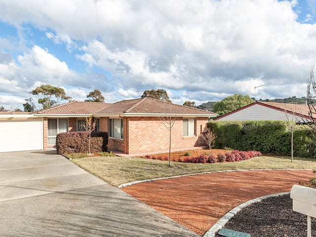 18 Thomas Hart  Street, Banks, ACT 2906