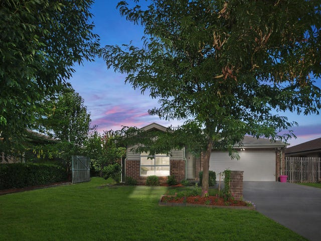 5 Loma Rudduck Street, Forde, ACT 2914