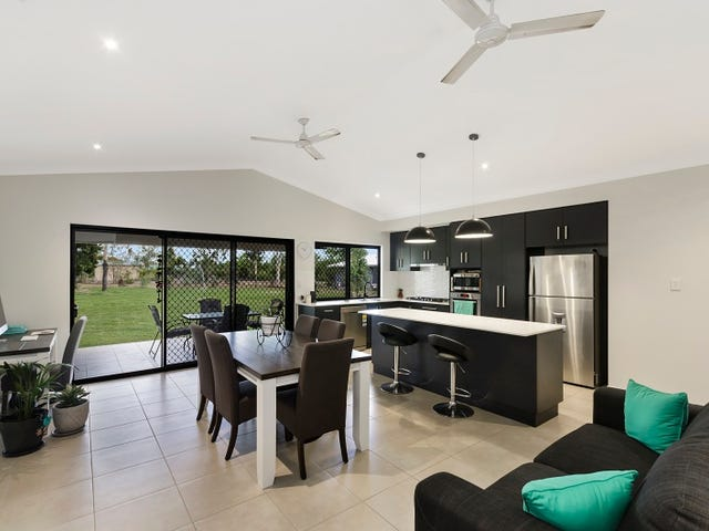 13 Octagonal Crescent, Kelso, Qld 4815