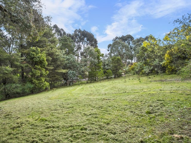 19 Fourteenth Street, Hepburn Springs, Vic 3461