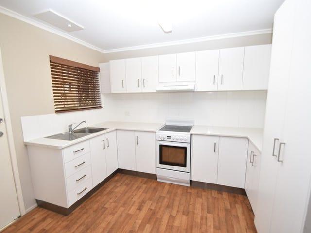 2/3 Pierce  Street, South Toowoomba, Qld 4350