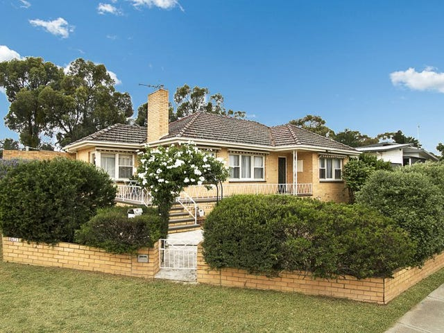 60 Specimen Hill Road, Golden Square, Vic 3555