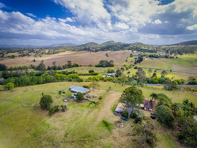 9A & 9B Bruce Highway, Chatsworth, Qld 4570