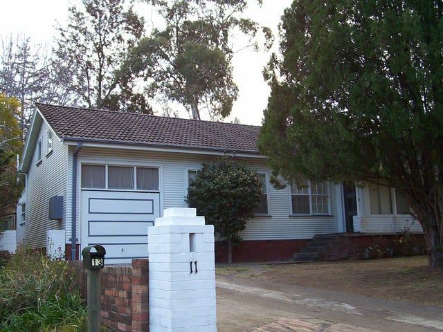 11 Clifton Avenue, Glenbrook, NSW 2773