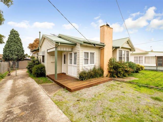 12 Helmer Crescent, East Geelong, Vic 3219