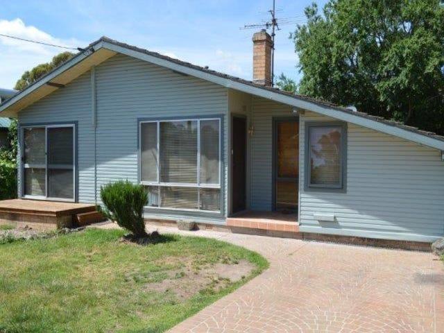 32 Garfield Ave, Goulburn, NSW 2580