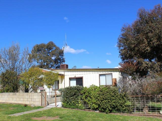 21 Mathrick Street, California Gully, Vic 3556