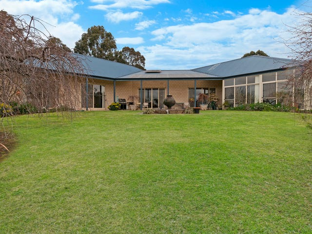 32 E Gibbons Road, Hamilton, Vic 3300