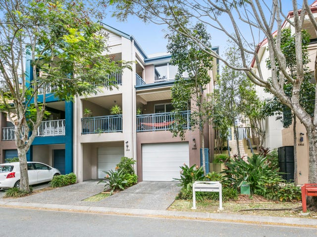 3304 Central Place, Carrara, Qld 4211