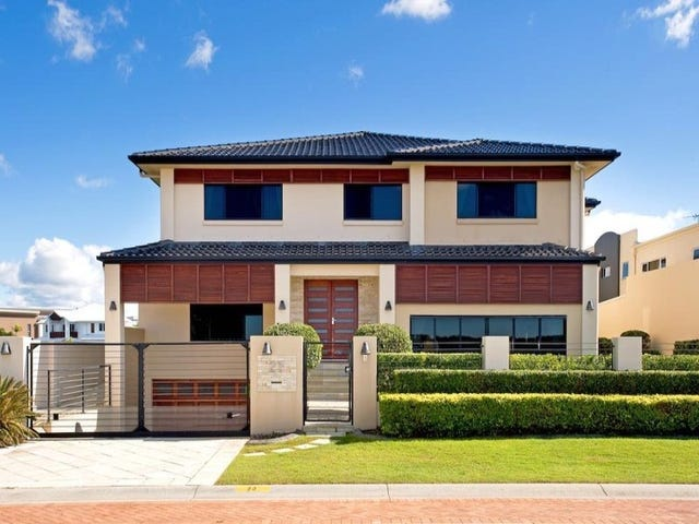 23 King Charles Drive, Sovereign Islands, Qld 4216