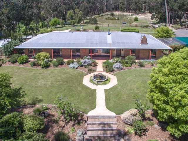 157 Slatey Creek Road, Woodend, Vic 3442