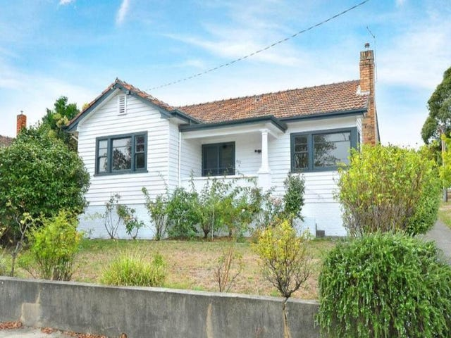 802 Lydiard Street North, Soldiers Hill, Vic 3350