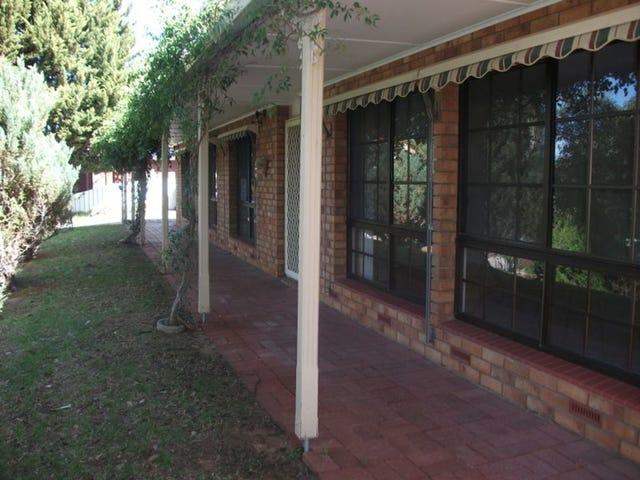 15 Latimer Crescent, Trott Park, SA 5158
