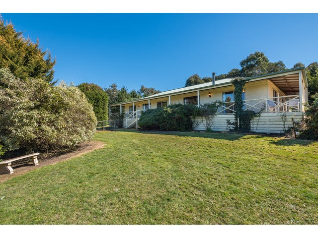 98 Grahams Road, Lancefield, Vic 3435