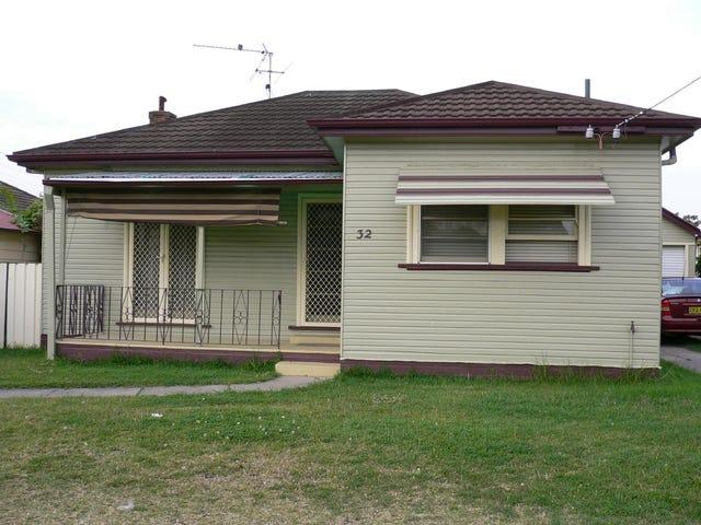 32 Charles Street, Warners Bay, NSW 2282
