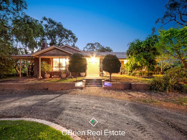 243 Pearcedale Road, Cranbourne South, Vic 3977