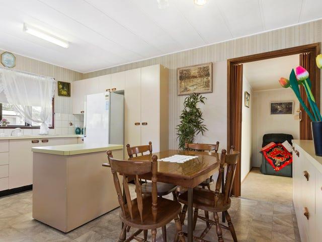 11 Clare Crescent, Batehaven, NSW 2536