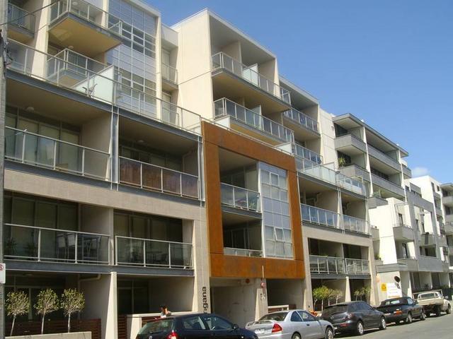 206/54 Nott Street, Port Melbourne, Vic 3207
