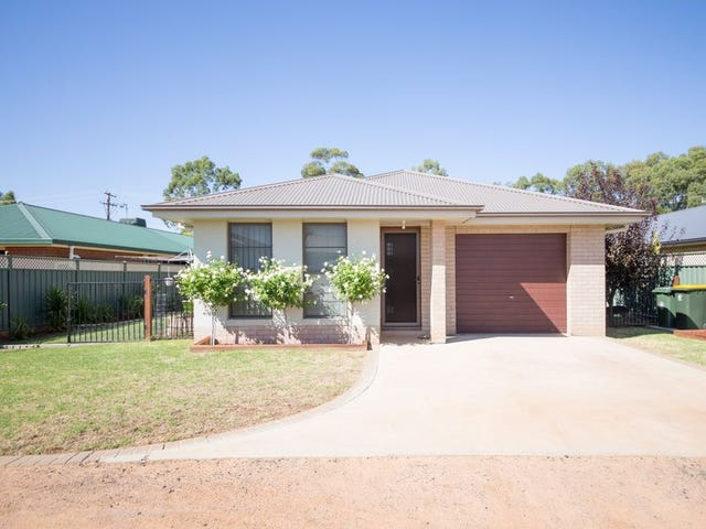 8 Glenshee Close, Dubbo, NSW 2830