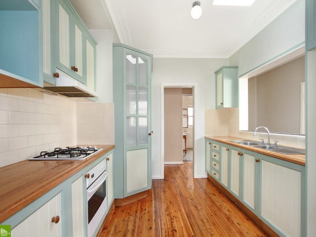 1/8 Grey Street, Keiraville, NSW 2500