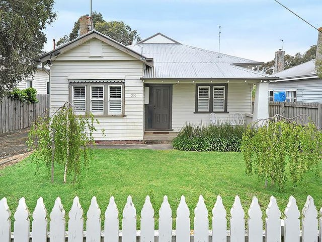 306 Crompton Street, Soldiers Hill, Vic 3350
