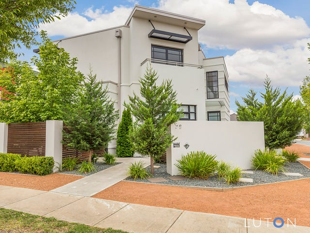 79 Patrick White Circuit, Franklin, ACT 2913