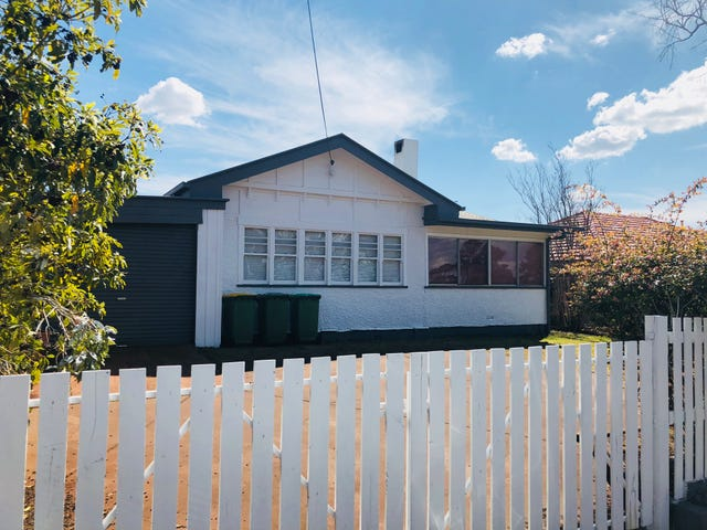 271 West Street, Harristown, Qld 4350
