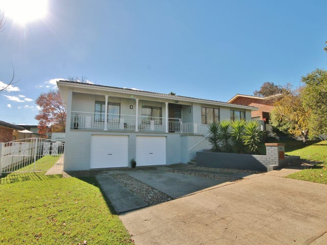 19 Hardy Avenue, Young, NSW 2594