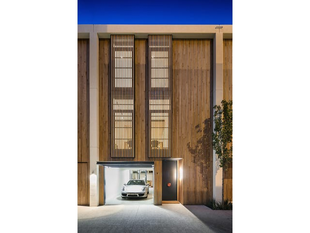 Residence 9,30 Esplanade, Brighton, Vic 3186