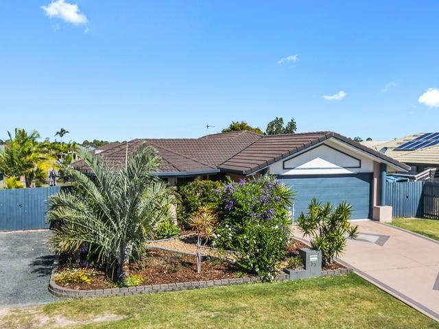 33 Earl St Vincent Circuit, Eli Waters, Qld 4655