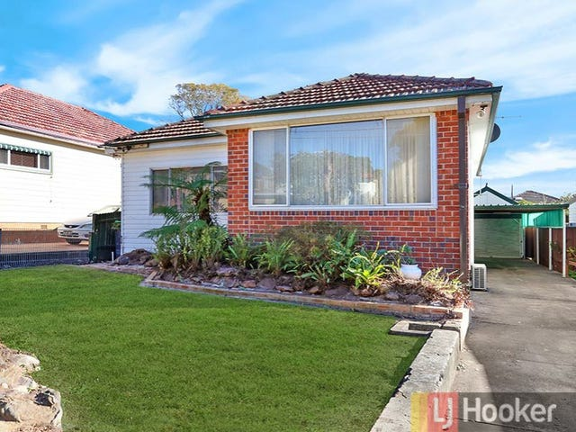 18 Greenland Avenue, Peakhurst, NSW 2210