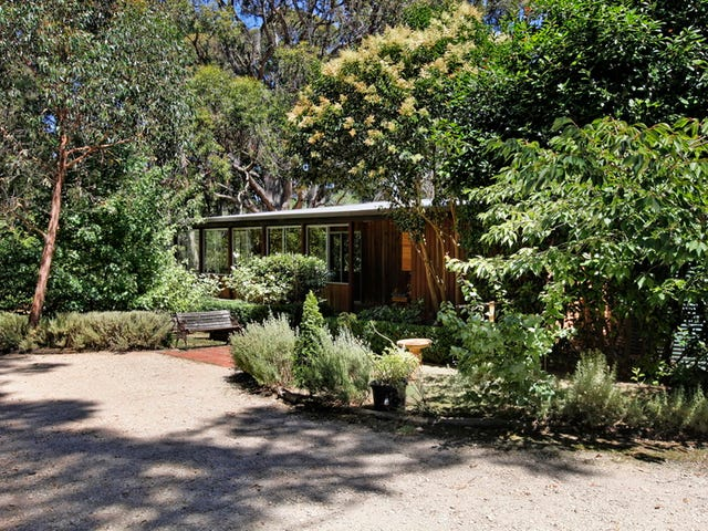 66 Strathclyde Crescent, Woodend, Vic 3442