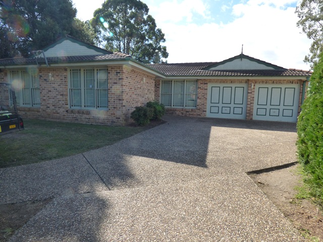 1 BEECHWOOD PLACE, Bass Hill, NSW 2197
