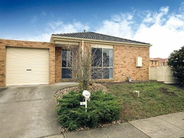 1/2 Markham Way, Altona Meadows, Vic 3028