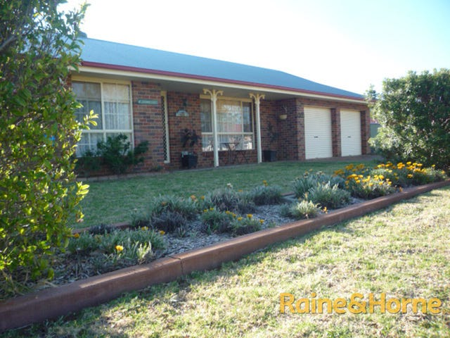 1 Canterbury Court, Dubbo, NSW 2830