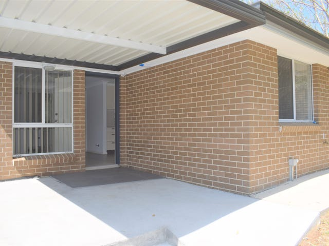 5a  Mersey Close, Bossley Park, NSW 2176