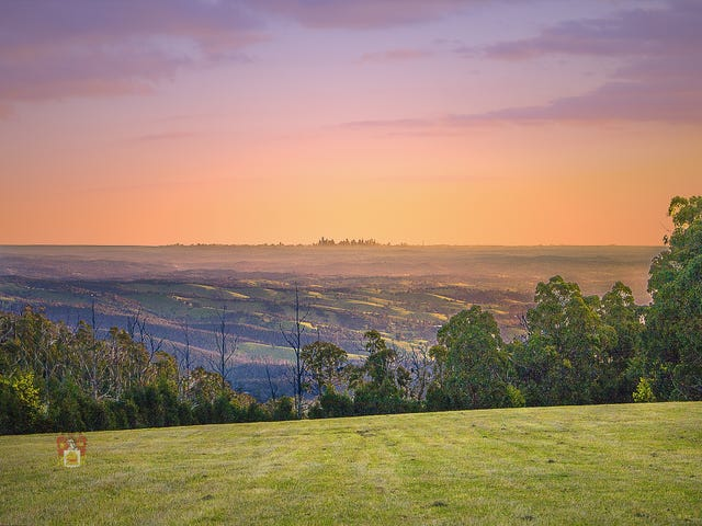 Kinglake, address available on request
