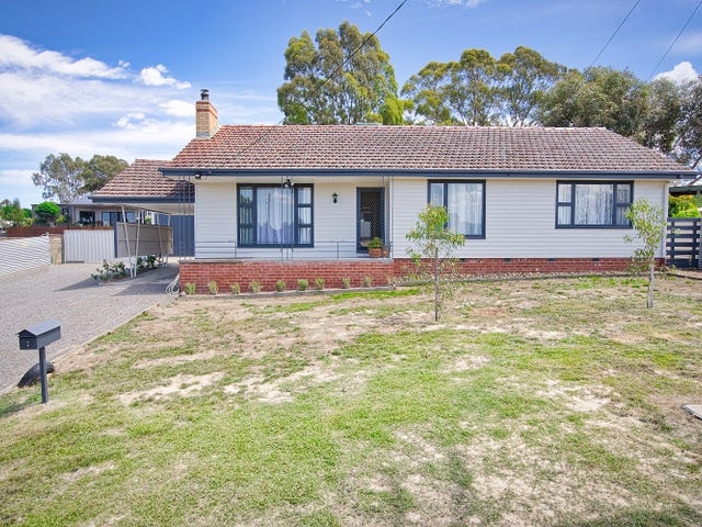 8 Wills street, Beaufort, Vic 3373