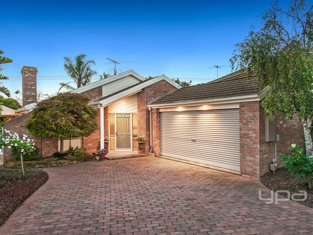 16 Columbia Close, Tullamarine, Vic 3043