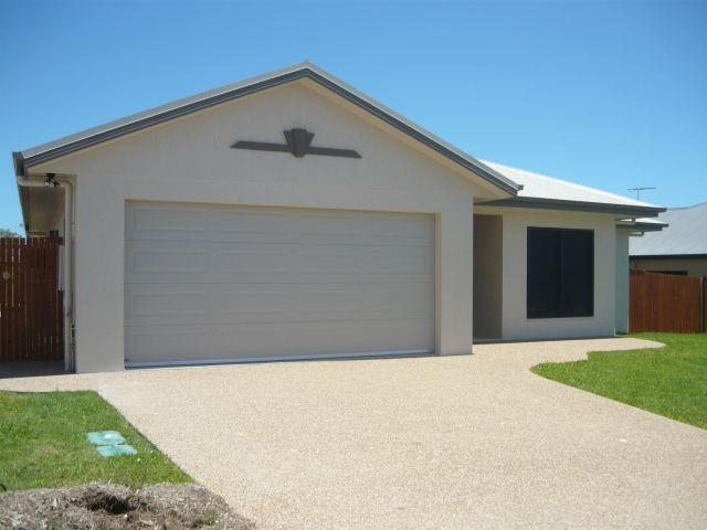 60 Hillock Court, Bushland Beach, Qld 4818
