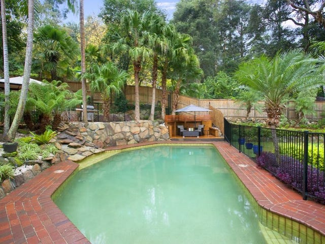 10 Caringal Place, St Ives, NSW 2075