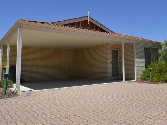 2/11 Exmouth Place, Thornlie, WA 6108