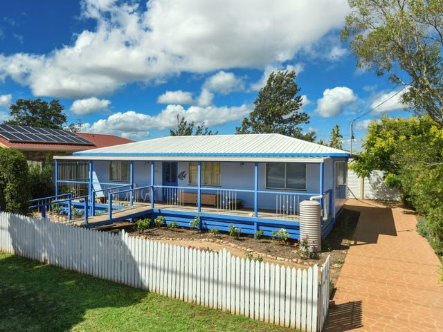 134 Hursley Road, Glenvale, Qld 4350