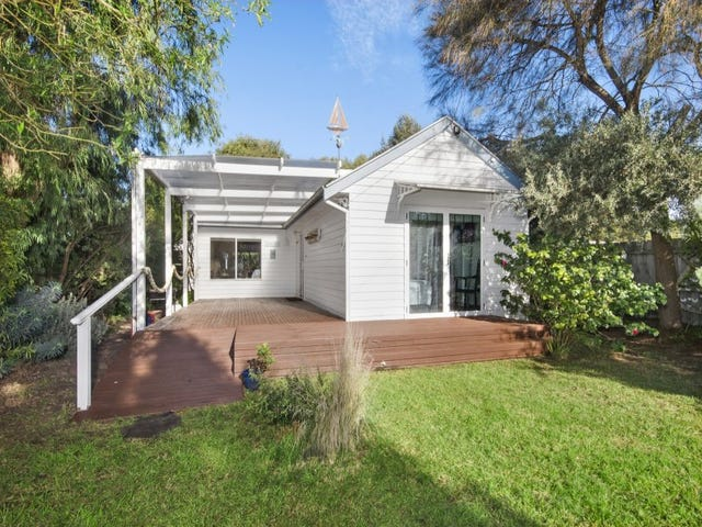 19 Lawrence Road, Point Lonsdale, Vic 3225