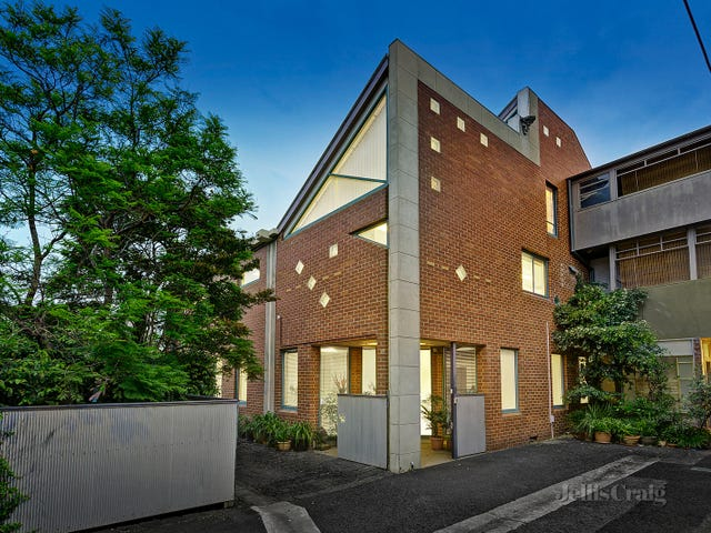 2-4 Moss Place, North Melbourne, Vic 3051