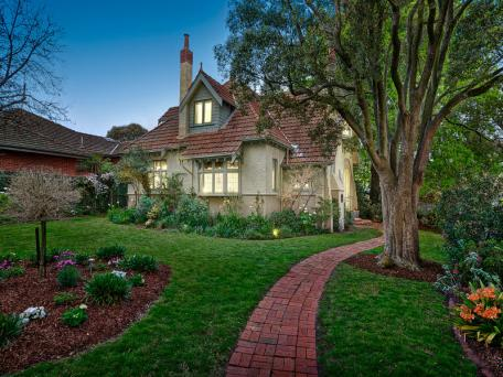 195 Prospect Hill Road, Canterbury, Vic 3126