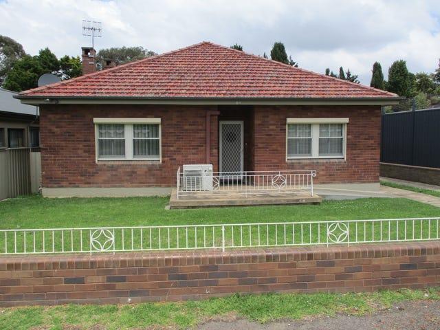 86 Clinton Street, Goulburn, NSW 2580