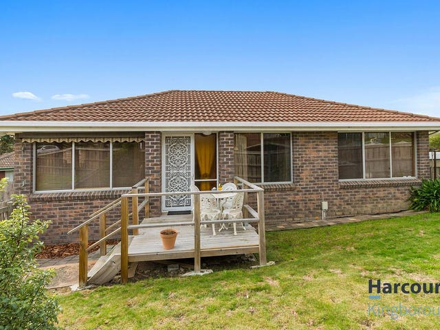 5 Calder Crescent, Blackmans Bay, Tas 7052