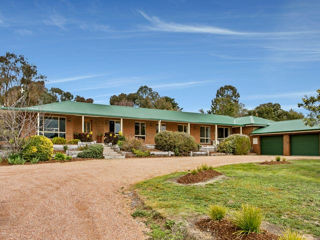 24 Michelle Drive, Maiden Gully, Vic 3551